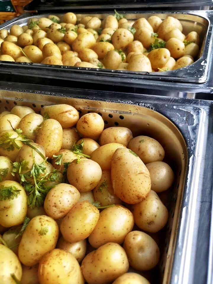 Potatoes in Herb Butter